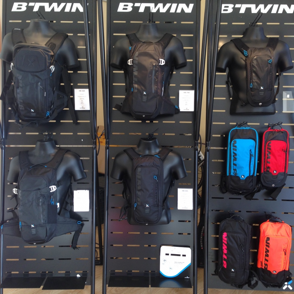 BTwin cycle textiles bags displays 1