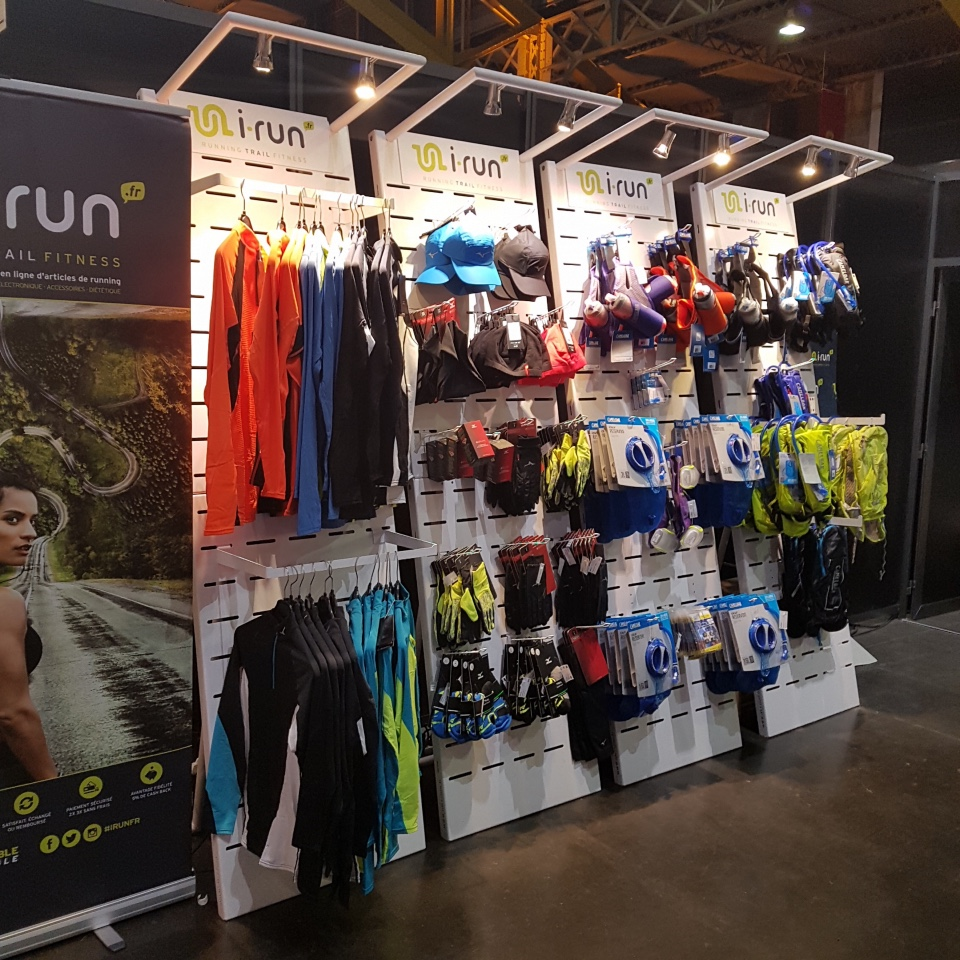 I-Run Shoes textile and accessories displays 2