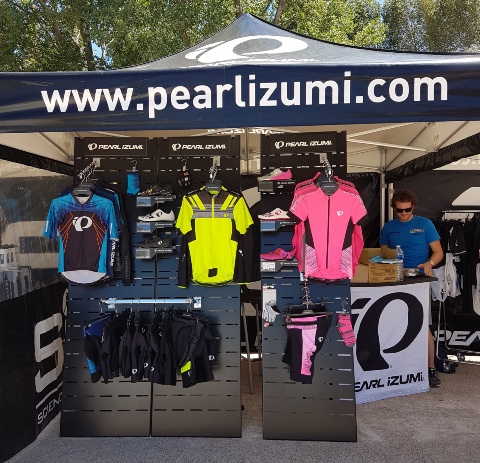 Pearl Izumi cycle textiles shoes displays