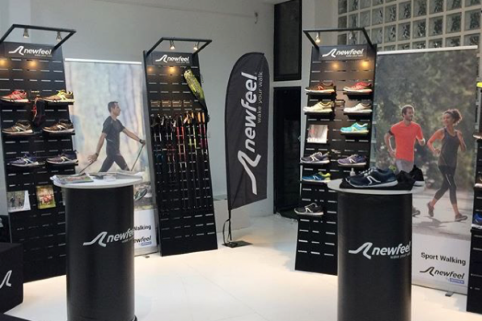 Newfeel shoes displays