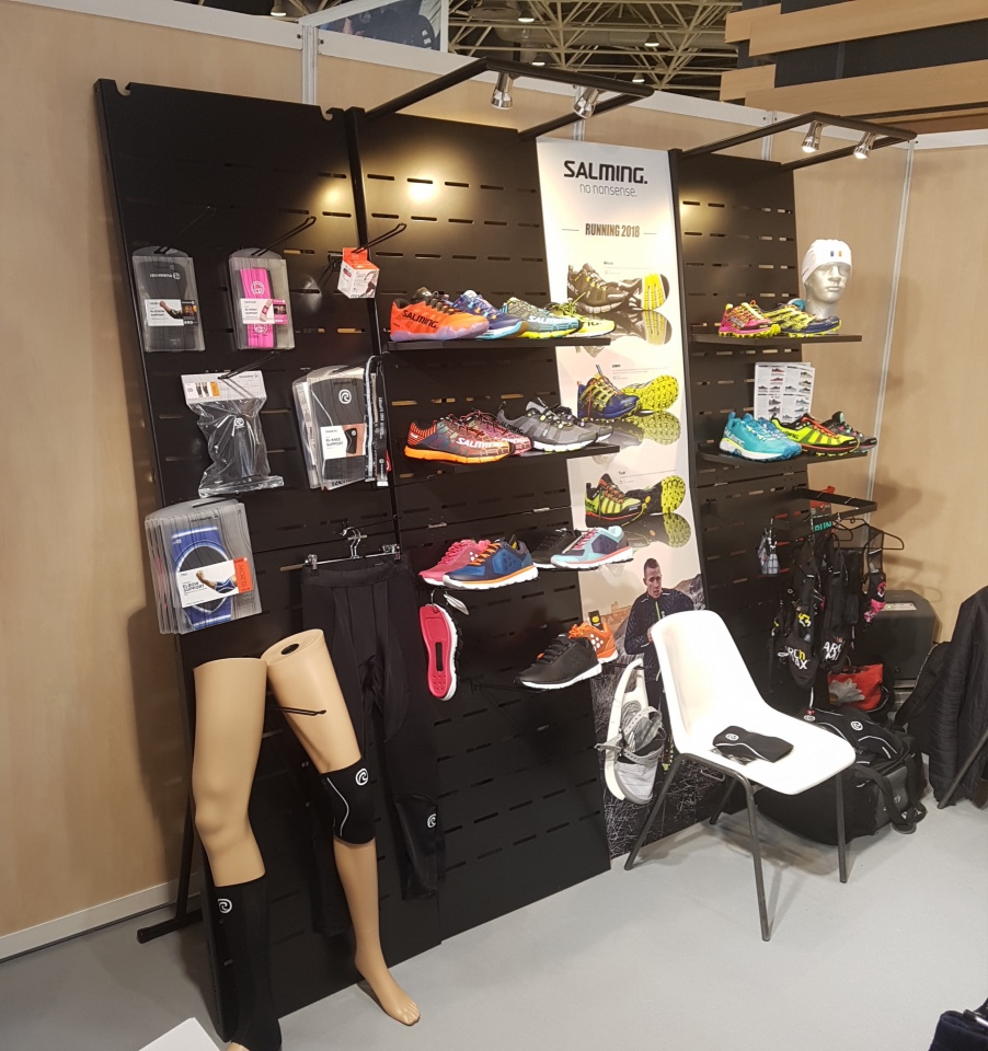 Salming running shoes displays 1