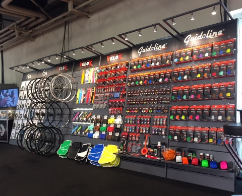 Guidoline Velox cycle wheels accessories displays
