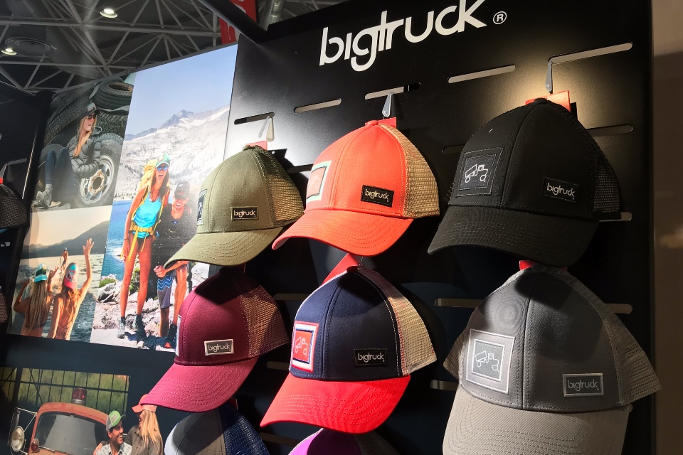 Big Truck cap displays