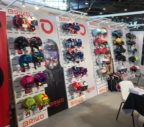 Briko helmets displays