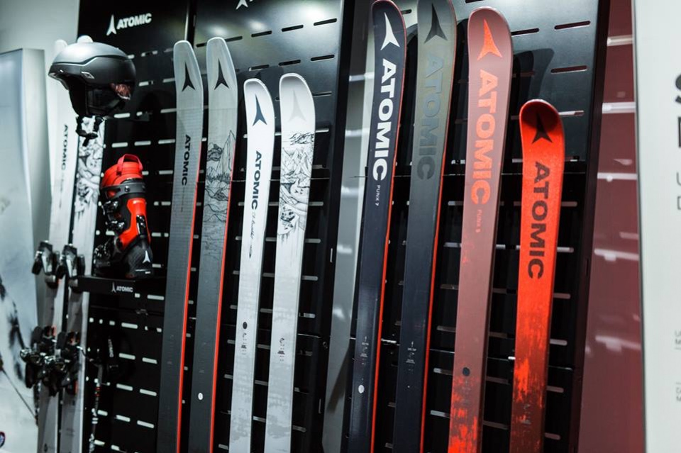 Atomic skis helmets and shoes displays 4